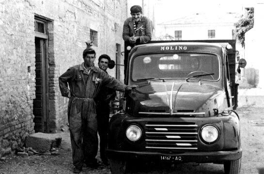 Risultati immagini per camioncino anni 60
